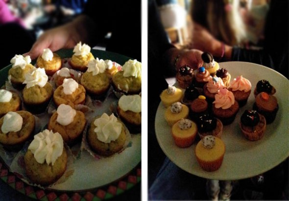 Αλμυρά ή γλυκά; Στα δισκάκια και τις πιατέλες δεν έμεινε cupcake ούτε για δείγμα.  © beautyworkshop.gr