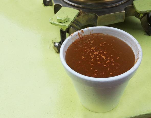 Σαλέπι ζεστό με κανέλλα και ζάχαρη: η καλύτερη φυσική συνταγή για το βήχα και τον στομαχόπονο © beautyworkshop.gr