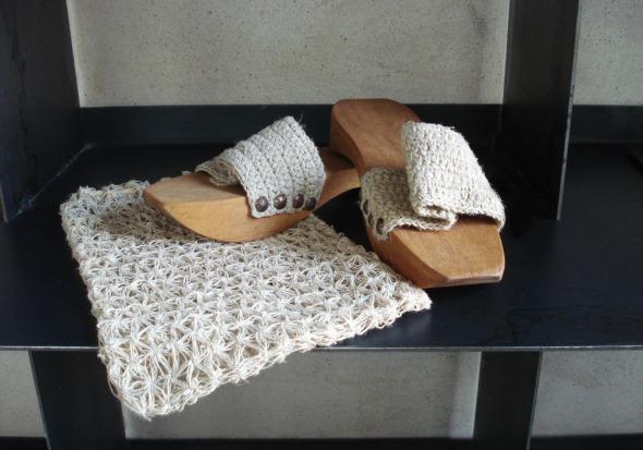 Ξεχάστε τις παντόφλες. Στο χαμάμ μόνο τσόκαρα -takunya, στα τουρκικά © beautyworkshop.gr