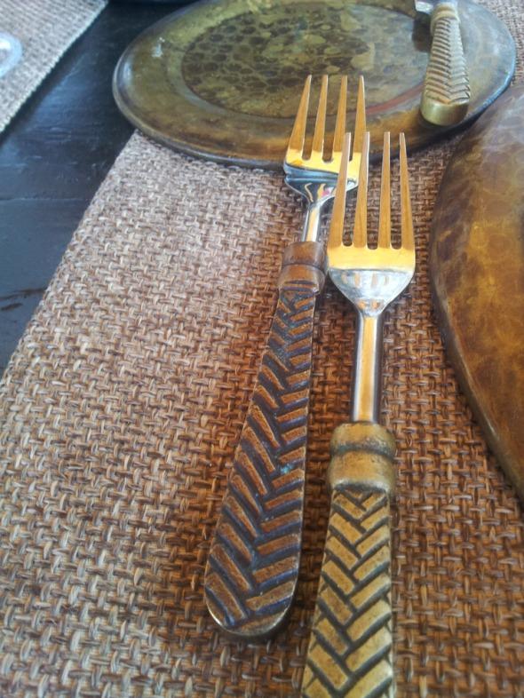 Λεπτομέρεια από το τραπέζι του γεύματος στο Μουσείο Νάσιουτζικ  © beautyworkshop.gr
