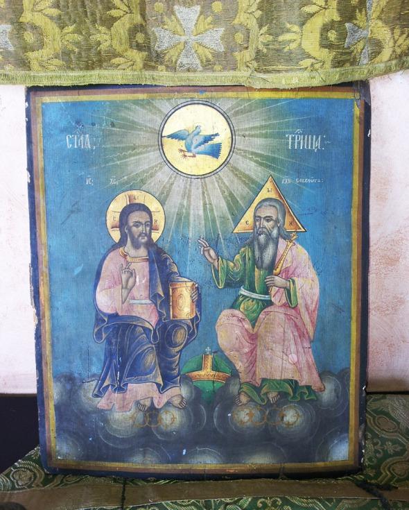 Οι ρωσικής τεχνοτροπίας εικόνες είναι πολύ διαφορετικές από την βυζαντινή απεικόνιση. Στη συλλογή του μουσείου υπάρχουν αρκετά, θαυμάσια δείγματα της ρωσικής σχολής αγιογραφίας © beautyworkshop.gr