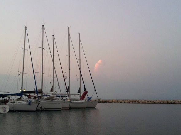 Απόγευμα στο λιμάνι της Βόνιτσας © beautyworkshop.gr