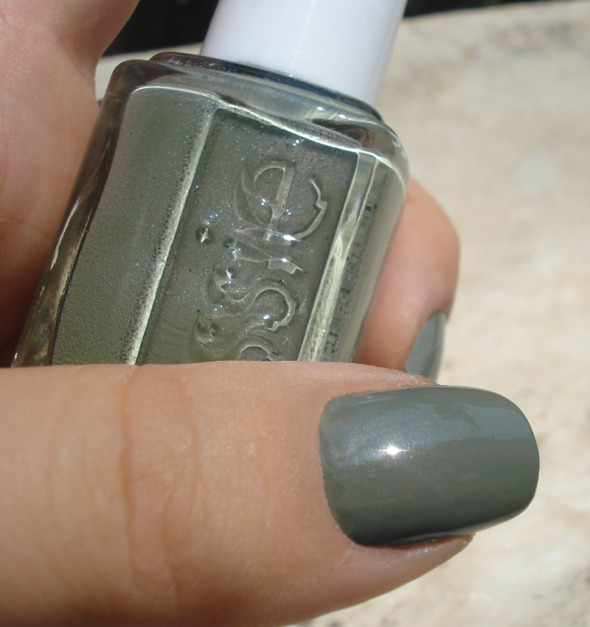 Sew Psyched, Essie © beautyworkshop.gr