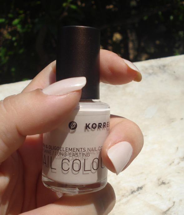 Myrrh & Oligoelements Nail Colour, 32 Light Mocca, Korres © beautyworkshop.gr