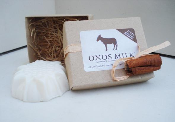 Ένα ποστ για το γάλα, και το γάλα γαϊδούρας, μεταξύ άλλων. Τα Onos Milk είναι από τα καλύτερα και φιλικότερα προς το δέρμα προϊόντα που έχω χρησιμοποιήσει. http://wp.me/p2BQA2-QP