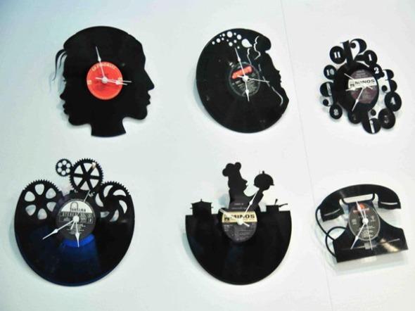 Εξαιρετικά επιτοίχια ρολόγια, μεταξύ πολλών άλλων, στο Meet Market. http://wp.me/p2BQA2-hl
