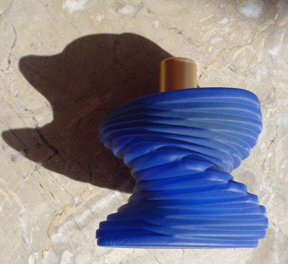 Μπουκάλι-έργο τέχνης. © beautyworkshop.gr