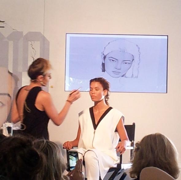Από την παρουσίαση της MAC για τα trends του φετινού χειμώνα στον χώρο τέχνης Ε.Δ.Ω., στο Γκάζι © beautyworkshop.gr