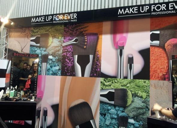 H Make Up For Ever, γνωστή και ως MUFE, είναι ένα από τα αποκλειστικά brands των Sephora, και ένα από τα πιο δυνατά brands μακιγιάζ στον κόσμο. Στα τελευταία AXDW έχει σταθερά την επιμέλεια του μακιγιάζ. © beautyworkshop.gr