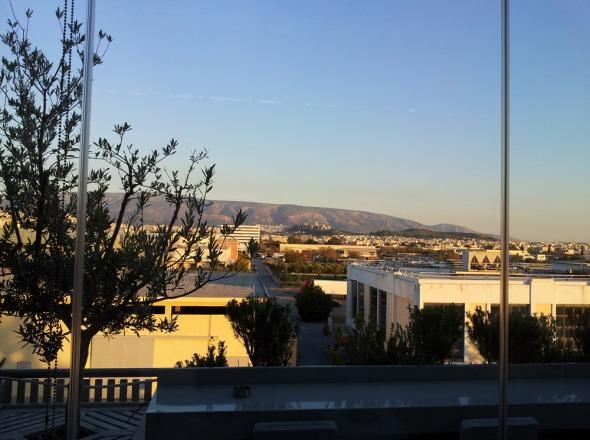 Η θέα από το Ελαιών Loft. © beautyworkshop.gr