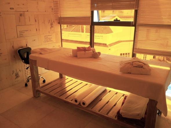 Ο κατάλογος των υπηρεσιών είναι μεγάλος, και οι τιμές αρκετά ως πολύ καλές. © beautyworkshop.gr