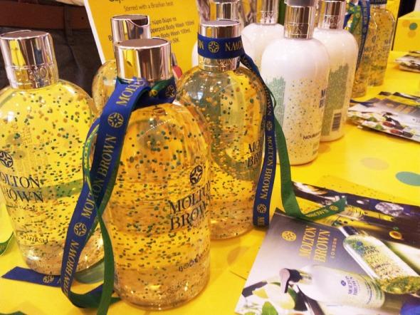 Molton Brown, Lime and Caju © beautyworkshop.gr